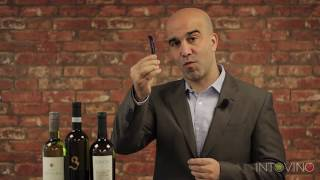 How to open a bottle of wine the right way