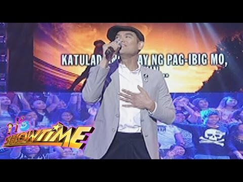 "It's Showtime Singing Mo To: Jay R sings ""Bakit Pa Ba"""