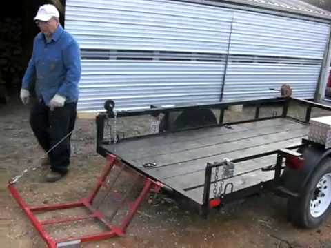 Homemade Wood Lift for utility trailer - YouTube