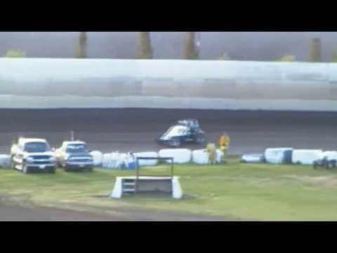 Marysville Raceway  - Wingless Sprint Hot Laps 3-18-17