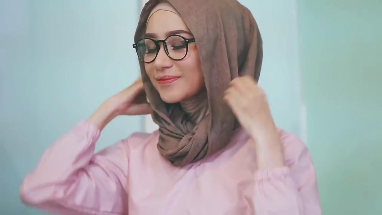 Cara Pakai Hijab Tutorial Cara Pakai Hijab Untuk Gamis By Hamidah Rachmayanti Dengan Kacamata Youtube