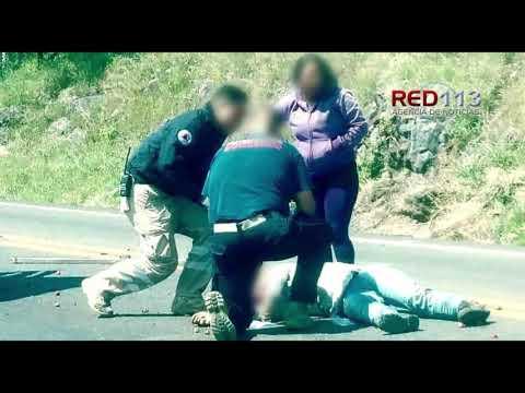 VIDEO Aparatosa volcadura deja tres mujeres heridas en Tangancícuaro