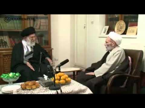Imam Khamenei visiting Ayatollah Mujtaba Tehrani
