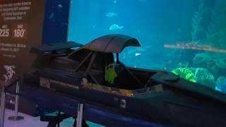 Super Boat of James Bond 007 at Dubai Aquarium القارب السريع للعميل السري جيمس بوند