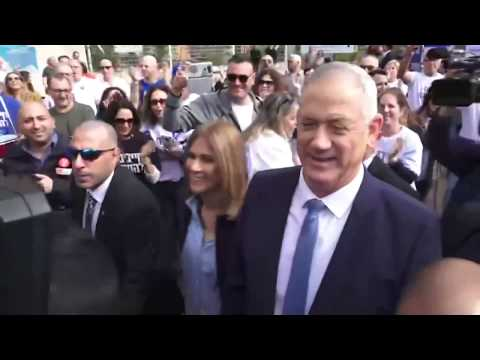 #NewsUpdate Live | Benny #Gantz votes in parliamentary elections | #IsraelElections2020
