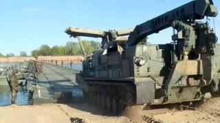 Военные инженеры испытали в Муроме новейшие понтоны