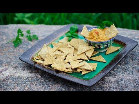 Кукурузные крекеры-треугольники с кунжутом и специями