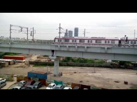 Delhi Metro Phase 3 : DMRC conducts Trial Run in Kalindi Kunj-Botanical Garden Section-Magenta Line
