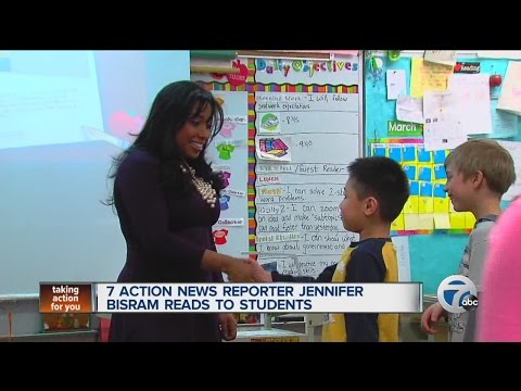 7 Action News reporter Jennifer Bisram reads to students for National Reading Month