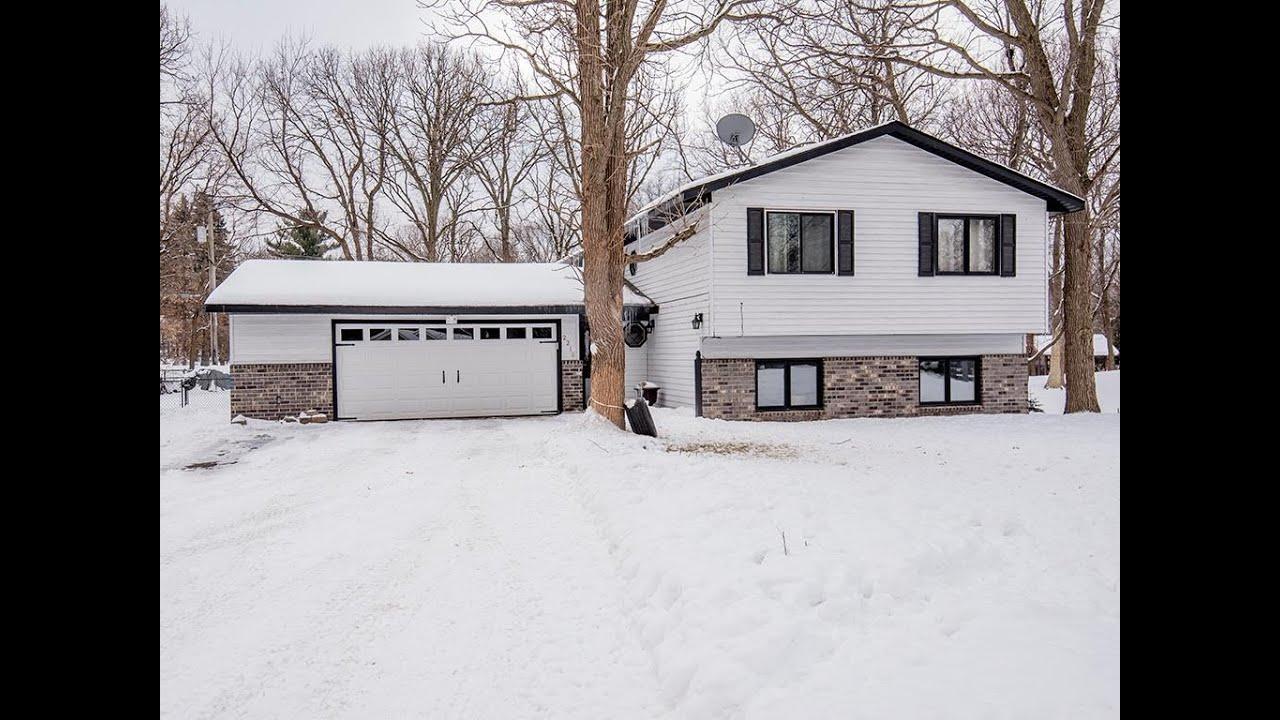 Homes for sale - 2210 Douglynn Lane, Saint Paul, MN 55119 ...