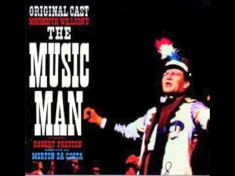 Allan Sherman sings,
