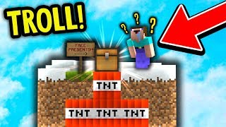 FAKE CHEST TNT TROLL! (Minecraft Skyblock Trolling)