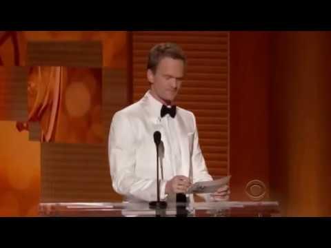 Jon Cryer and Neil Patrick Harris banter - Emmy 2009