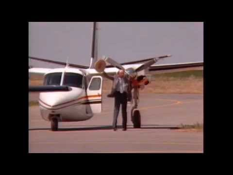 Bob Hoover Shrike Aero Commander in Denver, 1986