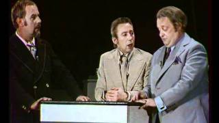 Die 3 Dialektiker & O.  F.  Weidling - Tiefgründiger Humor in der DDR