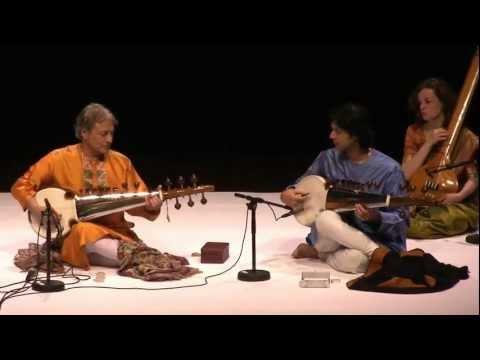 Ustad Amjad Ali Khan - Master Of Sarod - Philharmonie Cologne 2008