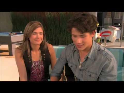 Nick sings to Macy