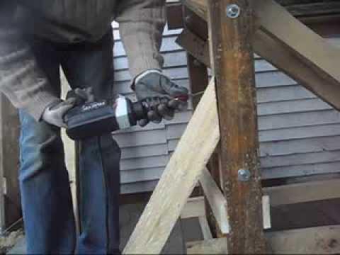 Como hacer un banco para pecho con madera de palets youtube - Como hacer un altillo de madera ...