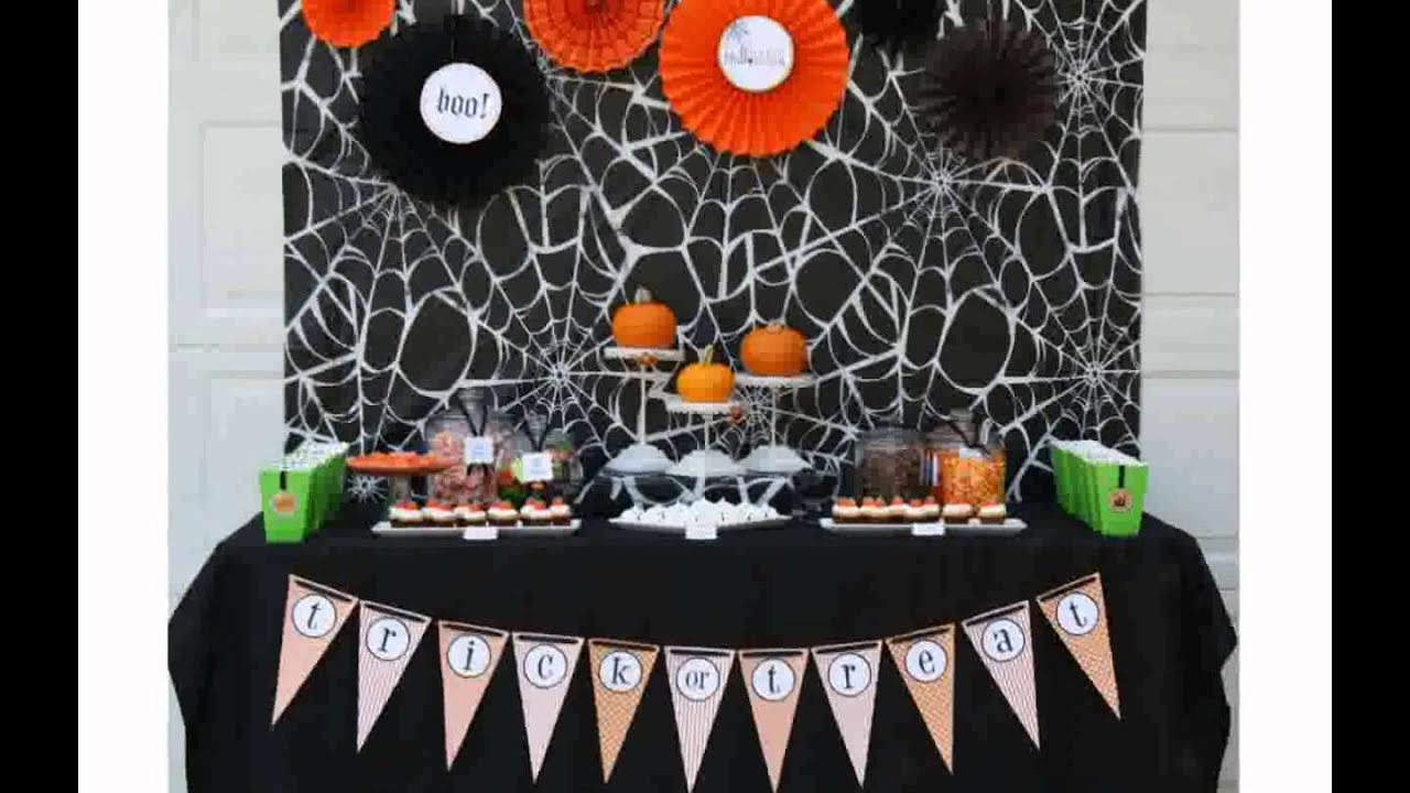 Office halloween decorating ideas youtube for Decoration halloween