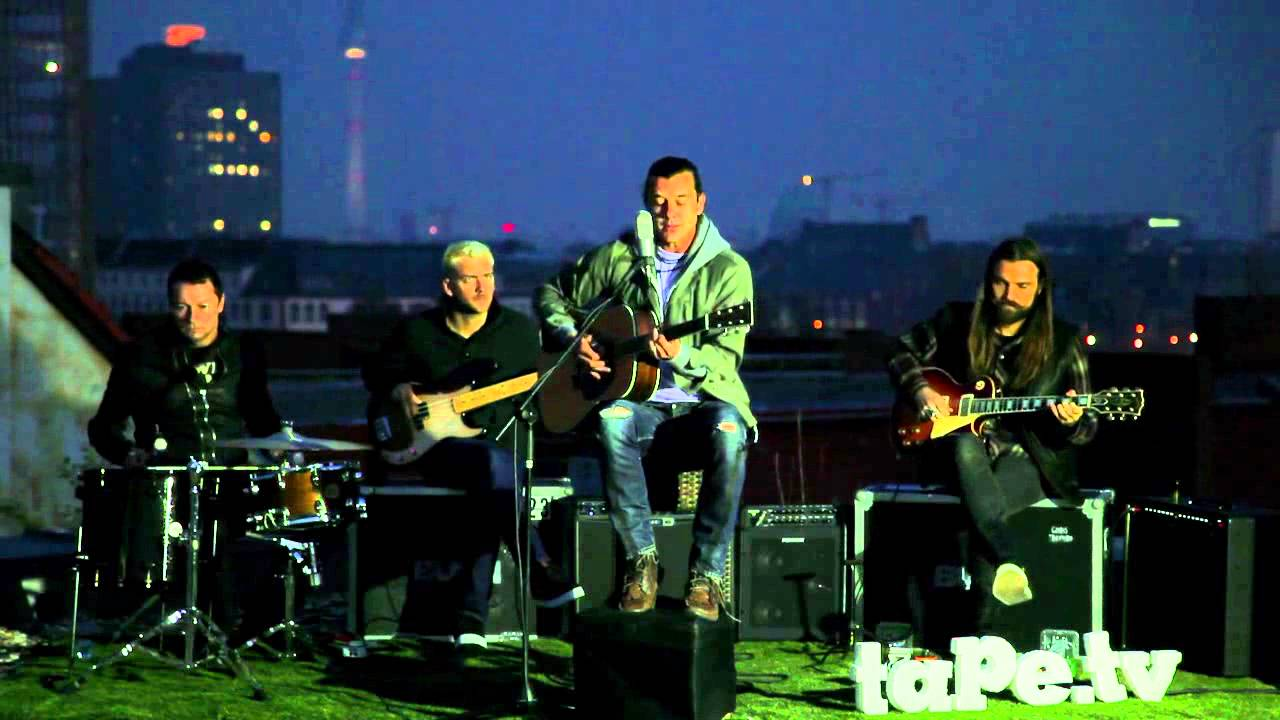 bush-be-still-my-love-unplugged-performance-at-tape-tv-j-figueiredo