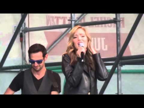 Laura Osnes - When Will My Life Begin (Tangled) (Live @ Elsie Fest 2015)