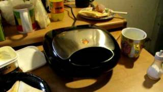 How to cook an Omelette in a sandwich toaster