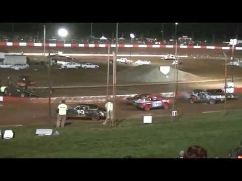 2013 Dixie Speedway Fall Monster Truck Nacional Dia 2: Georgia State Demo Derby Campeões