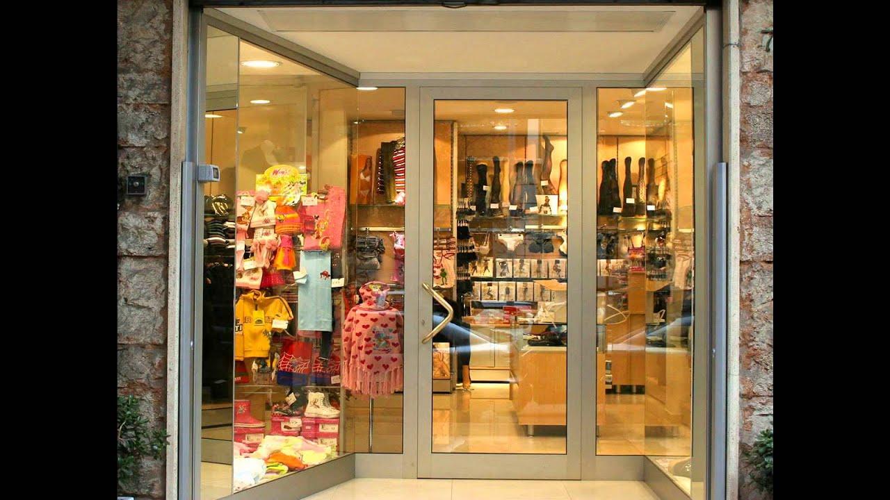 arredamento negozio abbigliamento donna bambino_ekip arredamenti ... - Arredamento Negozio Abbigliamento Roma