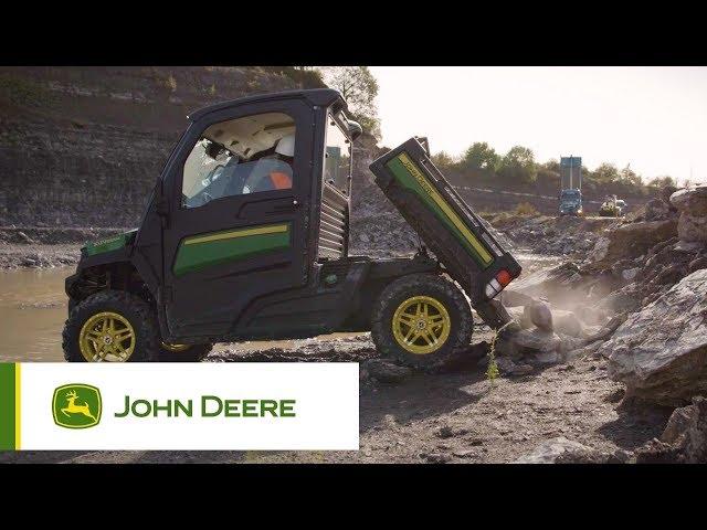 John Deere | Gator - Laadbak, maar één hand nodig