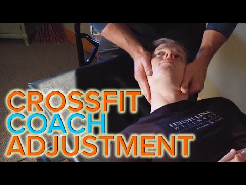 Pelvic Alignment Treatment For Low Back Issues   Chiropractic Neck and Spine Adjustments