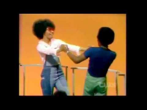 Soul Train 75'  Damita Jo Freeman and Lil' Joe Chism!