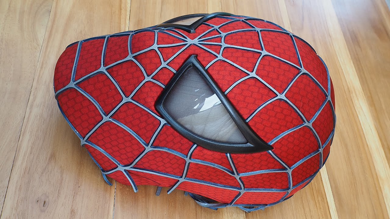 Spider Man Costume Replica Mask With Magnetic Eye Frames