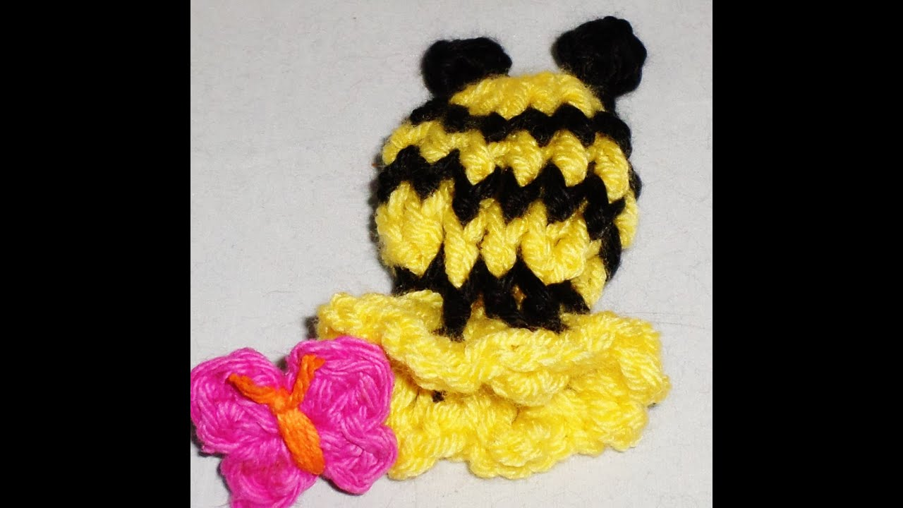 Crochet Baby Mittens Tutorial -Thumb-less Bumble Bee theme - YouTube