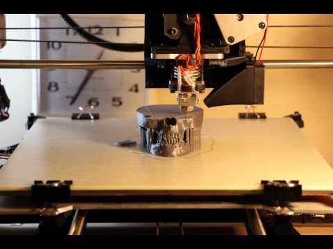 Timelapse - 3D Printing a Skull