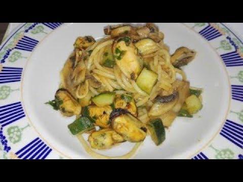Spaghetti mare e monti con cozze surgelate   Ricetta light e Veloce