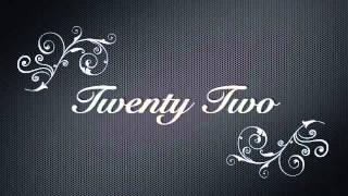 """Taylor Swift """"Twenty Two"""" Lyrics on Screen"""