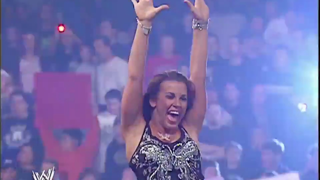 Download WWE RAW 23/10/2006│Mickie James vs Melina │Semi-Final Women's Championships Tournament