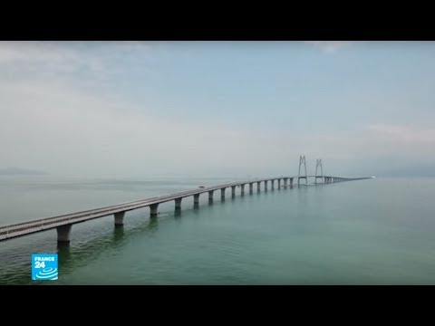 الصين تفتتح أطول جسر مائي في العالم يربط هونغ كونغ بماكاو عبر نهر اللؤلؤ  - نشر قبل 4 ساعة