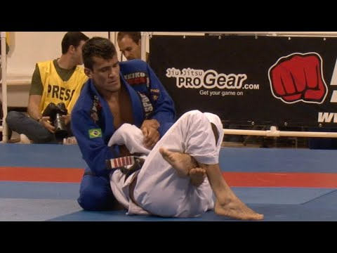 "Rubens ""Cobrinha"" Charles VS Wellington ""Megaton"" Dias / World Championship 2009"