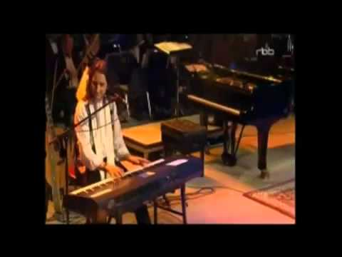 Supertramp co-founder Roger Hodgson, Writer and Composer of Dreamer - with Orchestra