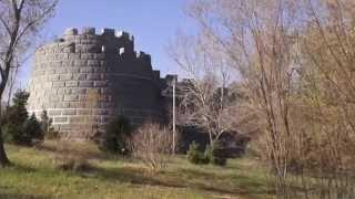 Урумчи  Парк Шуймогоу  Urumqi(Парк в Урумчи на одном из холмов. Это место не очень популярно у иностранных туристов, хотя и тут есть чего..., 2015-02-20T03:37:08.000Z)