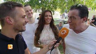 Gezellig meezingen met de Musical Sing-a-Long - RTL BOULEVARD