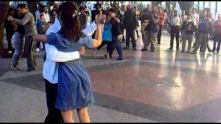 Танго на улице Гаваны(КУБА)2011 январь