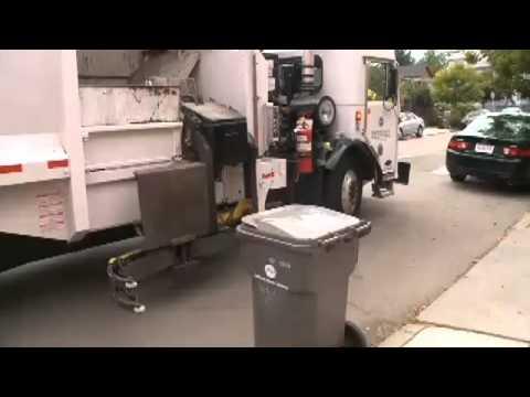 Oakland Mayor, Garbage Companies Reach Deal
