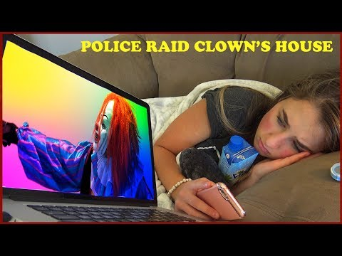 Scary Clown Caught By Police While Live Streaming on YouTube