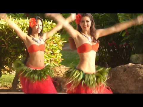 Hula Dancers in Poipu, Kauai