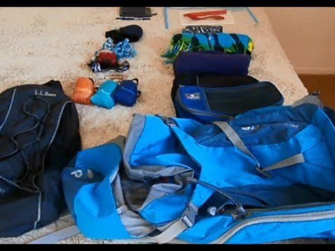 Essential Items for Lightweight Backpacking (Simple Living and Travel) 285524130c2a1