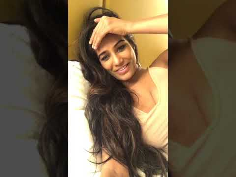 Poonam pandey new FB hot video 2018 - Popular on YouTube