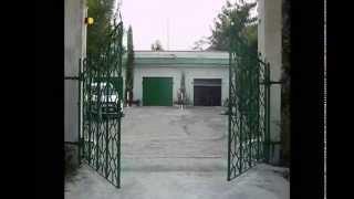 видео Откатные сдвижные ворота на винтовых сваях. Все по уму