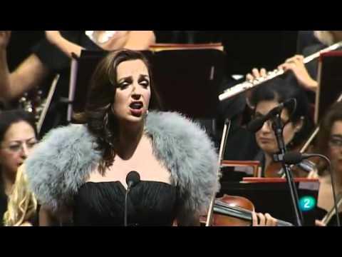 """""""Alfonsina y el mar"""" de A.Ramírez y F.Luna. Raquel Lojendio, soprano."""